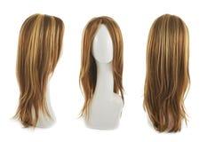 Haarperücke über dem Mannequinkopf Lizenzfreies Stockfoto