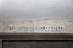 Haarschneideraum nella Centrale-Sauna nel precedente campo di sterminio Auschwitz-Birkenau Fotografie Stock Libere da Diritti