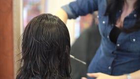 Haarschnitt stock footage