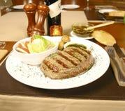 Haasbiefstuk 2 van het rundvlees Royalty-vrije Stock Foto's