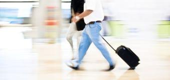 Haast op luchthaven stock foto's
