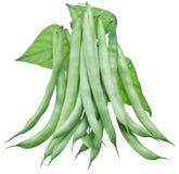 Habas verdes frescas aisladas en un blanco Fotografía de archivo