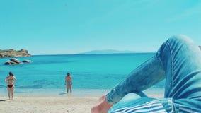 Haben Sie Spaß auf Strand stockbild