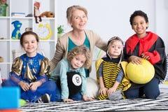 Habillés enfants Photos libres de droits