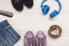 Habillement, chaussures et accessoires de femmes Image stock