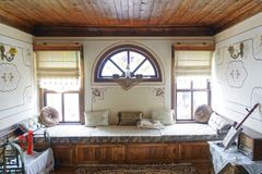 Habitación del niño en casa histórica del otomano fotos de archivo libres de regalías