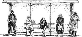 Habitantes de ciudad en la parada de autobús Imagenes de archivo