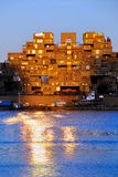 Habitat 67 en Montreal en la puesta del sol Imagen de archivo