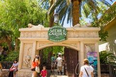 Habitat de Siegfried et de Roy Secret Garden et de dauphin Photos stock