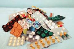 Hace tabletas píldoras Fotos de archivo