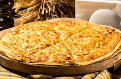 hachapuri con formaggio Fotografie Stock Libere da Diritti