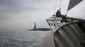 Hacia la estatua de la libertad Imagenes de archivo