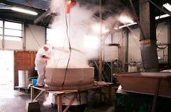 Haciendo del licor del motivo, cervecería del motivo en Narita, Japón imagen de archivo