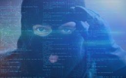 Hacker com spyware como o conceito do cibercrime fotografia de stock