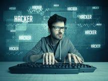 Hacker com teclado e vidros Foto de Stock