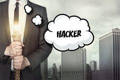 Hackertext auf Spracheblase mit Geschäftsmann Lizenzfreies Stockbild