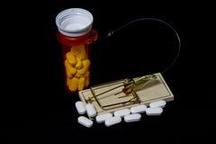 Haczący Na lek na receptę Z Czarnym tła & myszy oklepem Zdjęcia Royalty Free