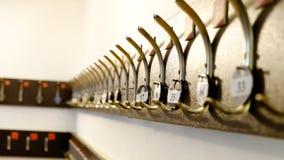 Haczyki dla odziewają z liczbami Zdjęcie Royalty Free