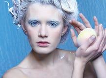 Hada congelada con la manzana Fotos de archivo