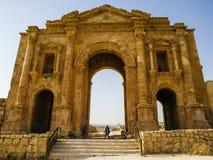 Hadrian曲拱在杰拉什 库存照片