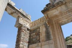 Hadrian浅浮雕寺庙  免版税库存图片