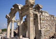 Hadrian,以弗所,土耳其寺庙在Curetes街上的 免版税库存照片