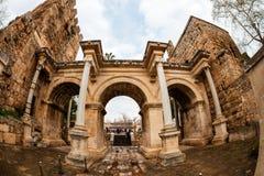 Hadrian ` s门在老市安塔利亚,土耳其 库存照片