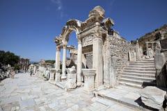 hadrian s tempel för ephesus Royaltyfri Fotografi