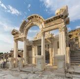 hadrian tempel arkivfoton