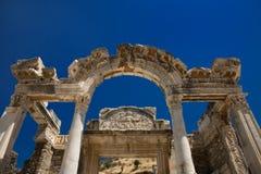 hadrian tempel för ephesus Royaltyfri Bild