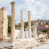 Hadrian& x27; biblioteca de s e a acrópole, Atenas, Grécia Imagem de Stock Royalty Free