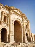 Hadrians båge, ingång av Jerash, Jordanien Fotografering för Bildbyråer