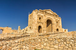 Hadrians brama w Jerash Jordania Fotografia Royalty Free