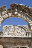 Hadrians tempel, Ephesus, Izmir, Turkiet Royaltyfria Bilder