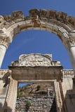 Hadrians tempel, Ephesus, Izmir, Turkiet Arkivbild