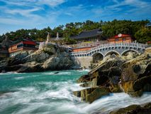 Haedong Yonggungsa寺庙 釜山,南韩 图库摄影