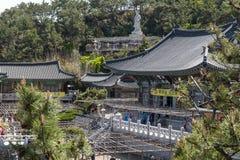 Haedong Yonggungsa, templo budista no beira-mar de Busan, uma de marcos do turista e de atrações em Busan, Coreia do Sul fotos de stock royalty free