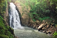 Haew纳罗克(地狱峡谷)瀑布, Kao亚伊国家公园, Tha 库存图片