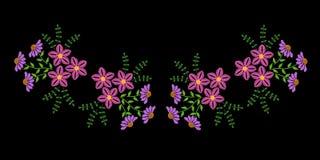 Hafciarski ścieg imitaci mody szyi linii wzór z fol fotografia stock