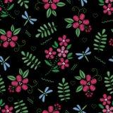 Hafciarski bezszwowy wzór z pięknymi kwiatami Wektorowy kwiecisty ornament na czarnym tle Broderia dla mody Fotografia Royalty Free
