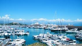 Hafen in Antibes Stockbild