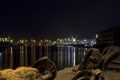 Hafen bis zum Nacht Stockfoto