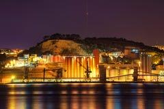 Hafen an der Nachtlangen Belichtung stockfotografie