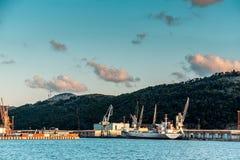 Hafen in der Stange, Montenegro stockfoto