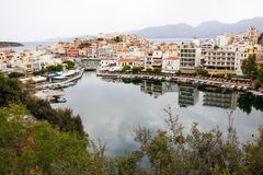 Hafen des See Voulismeni-Agios Nicolaos, Kreta, Griechenland Lizenzfreie Stockfotografie