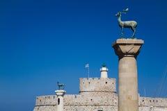 Hafen-Eingangs-Leuchtturm Sankt Nikolaus, Rhodos stockfotografie