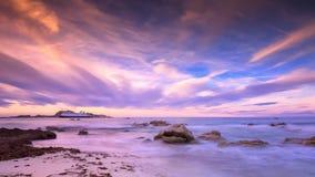 Hafen Ile Rousse in Korsika an der Dämmerung Stockbilder