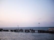 Hafen im Meer Stockbild