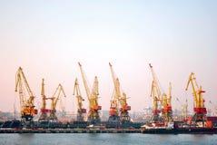 Hafen-Kräne stockfotos