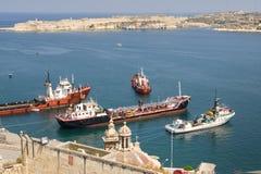 Hafen Malta-Valletta mit Lieferungen Stockbild
